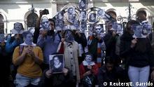 Protesta contra la desaparición de 43 estudiantes en Ayotzinapa, Guerrero. (Archivo).