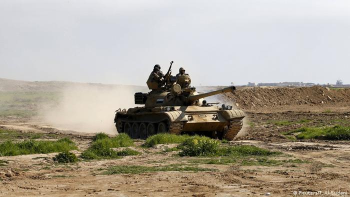 Irak Soldaten Panzer Übung Symbolbild