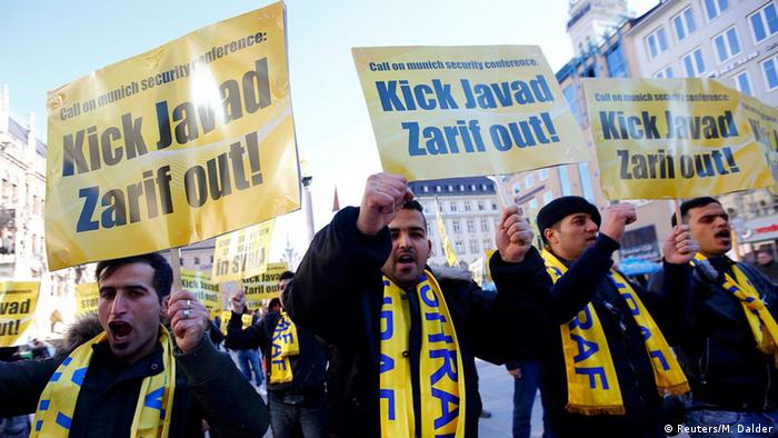 München MSC Protest Anti Iran Sarif (Reuters/M. Dalder)