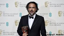 14.2.2016 *** Best director Alejandro Inarritu holds his award at the British Academy of Film and Television Arts (BAFTA) Awards at the Royal Opera House in London, February 14, 2016. REUTERS/Toby Melville Reuters/T. Melville