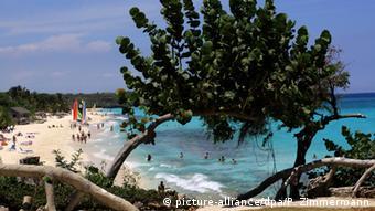 Kuba Tourismus Strand Esmeralda