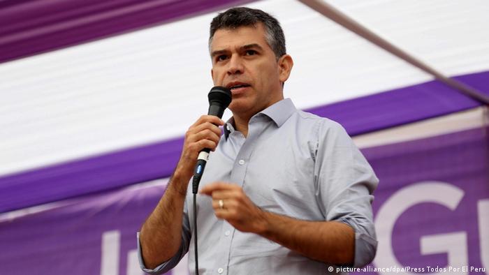 Julio Guzman Peru