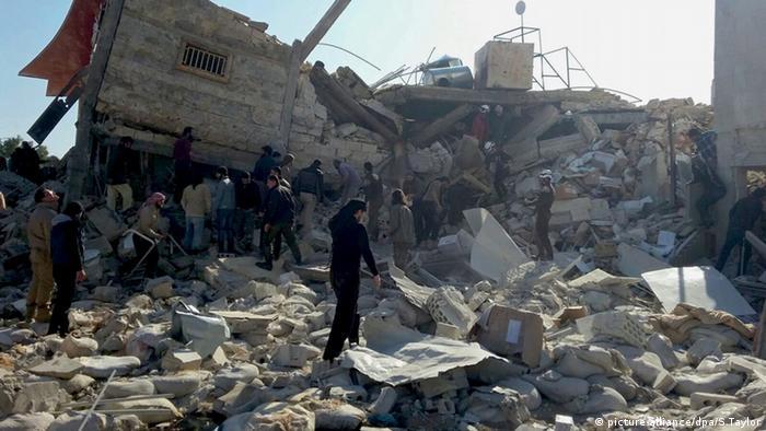 Syrien: Ein Krankenhaus der Organisation Ärzte ohne Grenzen wurde bombardiert (Foto: dpa)