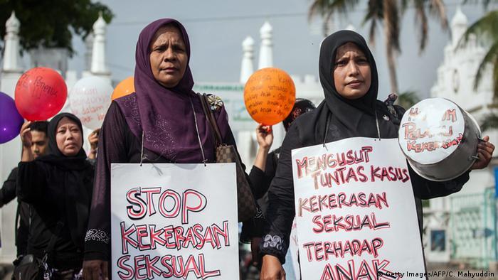 Indonesien Kindesmissbrauch Proteste in Banda Aceh