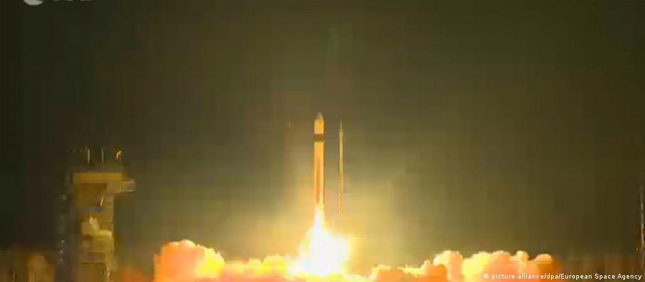 Satélite foi lançado de uma base espacial na Rússia