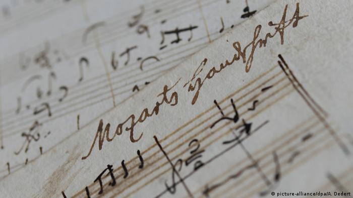 Handwritten musical notation by Mozart