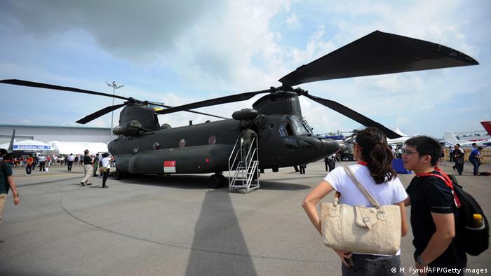 Singapur Airshow AH-64D Boeing CH-47