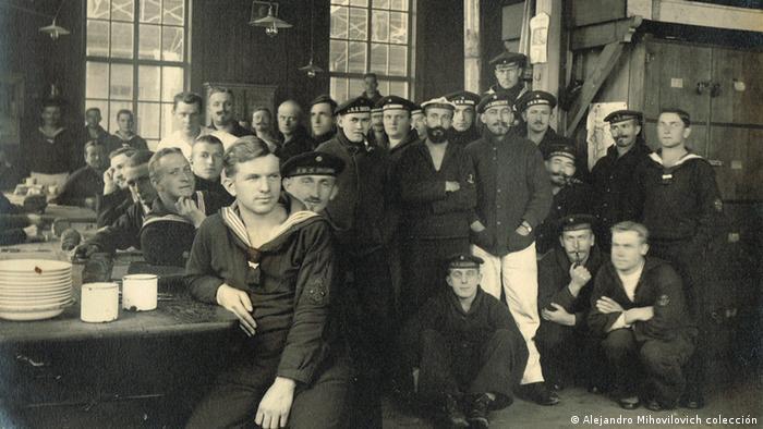 SMS Dresden Crew