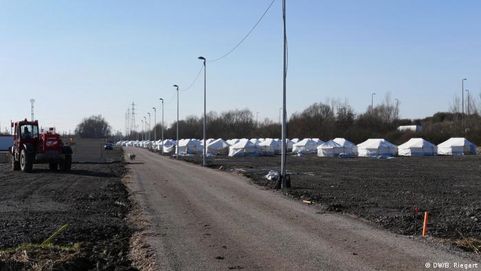 Neues Flüchtlingslager in Grande Synthe in Dünkirchen - Foto: Bernd Riegert (DW)