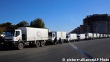 Syrien Damaskus Hilfskonvoi Roter Halbmond LKW