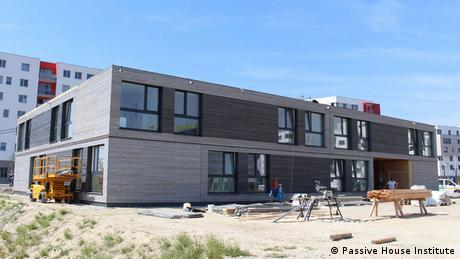 Wien Passiv Haus Flüchtlingsunterkunft Baukonzept