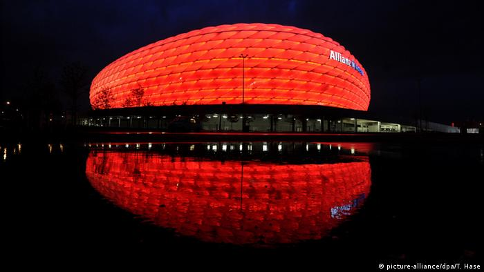 Deutschland Allianz Arena in München (picture-alliance/dpa/T. Hase)
