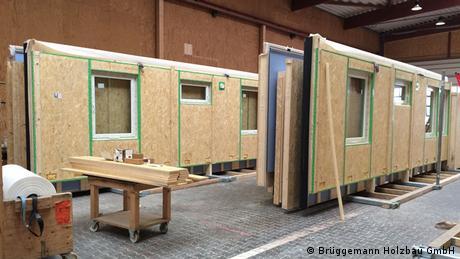 Vorfertigung von Modulen für Holzhäuser