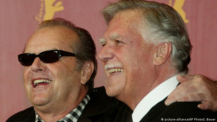 Kameramann Michael Ballhaus und Jack Nicholson (picture-alliance/AP Photo/J. Bauer)