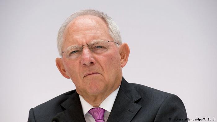 German Finance Minister Schäuble warns Brexit would be economic 'poison'