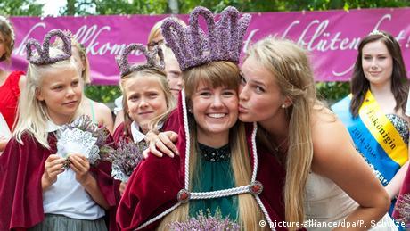 Wahl der 67. Heidekönigin in Amelinghausen