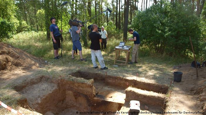 На месте археологических раскопок