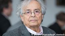 Deutschland Adonis erhält Erich-Remarque-Friedenspreis