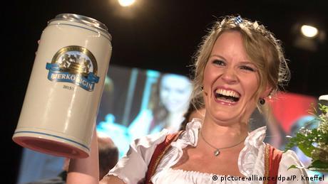 Deutschland Studentin Marlene Speck Wahl zur neuen Bayerischen Bierkönigin