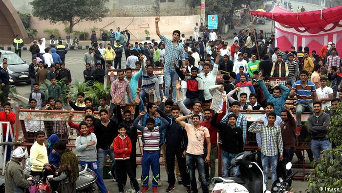 Indien Demonstration von Studenten in Rohtak Haryana