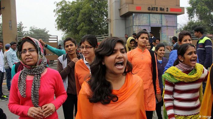 Indien Demonstration von Studenten in Rohtak Haryana (Imago)