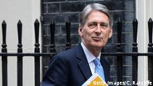 London Außenminister Philip Hammond Downing Street in London