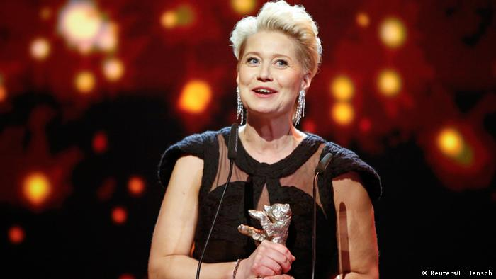 Trine Dyrholm with an award at the Berlinale film festival (Reuters/F. Bensch)