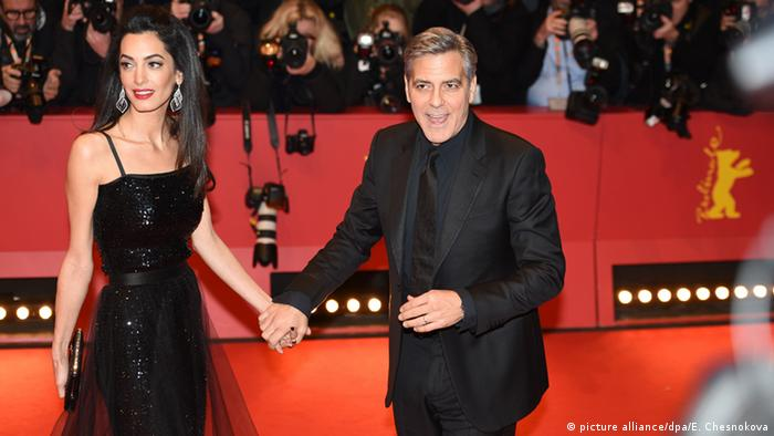 Deutschland Berlinale 2016 George Clooney und Amal Clooney (picture alliance/dpa/E. Chesnokova)