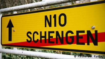 Για πρώτη φορά από την ίδρυση της ΕΕ κατέρρευσε ένας εκ των θεμελίων λίθων του ευρωπαϊκού οικοδομήματος, η Συμφωνία Σένγκεν».