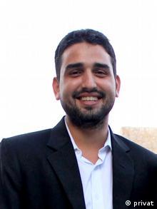 Indian Varad Sharma Kaschmir-expert