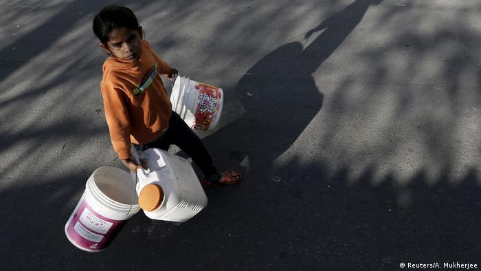 Indien Wasserversorgung Probleme in Neu Delhi