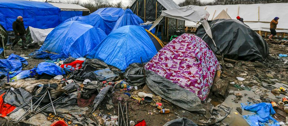 Acampamento de refugiados em Calais, na França