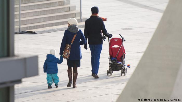 Deutschland Kindergeld (picture alliance/dpa/L. Schulze)