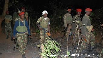 Mosambik Soldaten Symbolbild