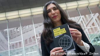 Amnesty International PK zur Lage der Menschenrechte 2015/2016 Selmin Çaliskan