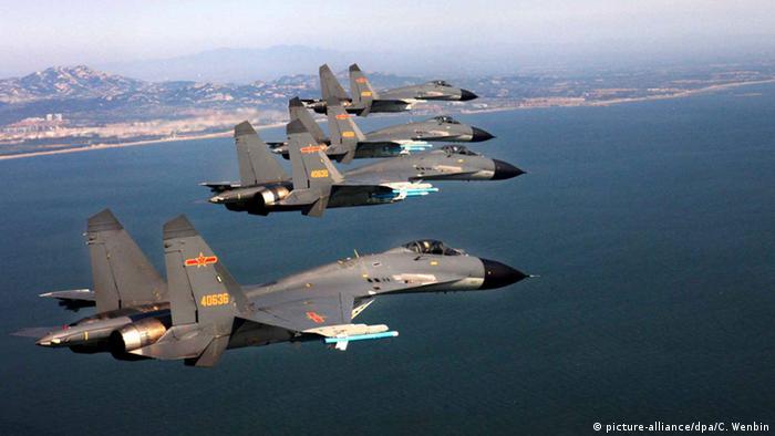 China Luftwaffe demonstriert Stärke