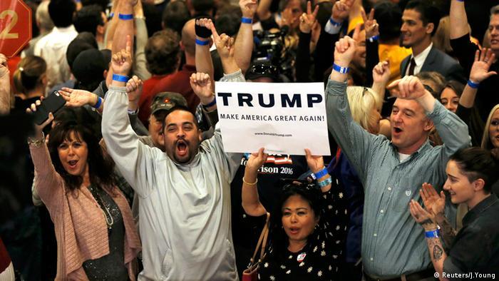 Donald Trump Fans Nevada USA Wahlkampf (Reuters/J.Young)