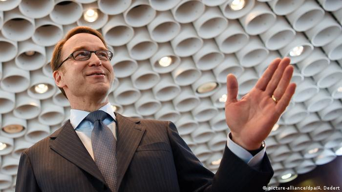 Deutschland Frankfurt am Main Jens Weidmann Bilanz-PK Bundesbank (picture-alliance/dpa/A. Dedert)