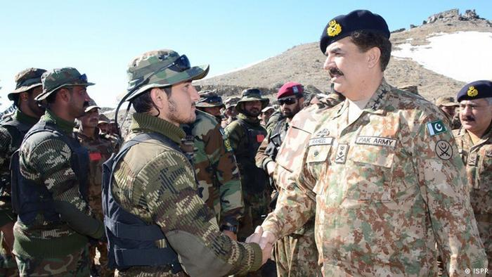 Pakistani Army Chief Raheel Shareef. He visited the Shawal region to review the military operation (Copyright: ISPR)