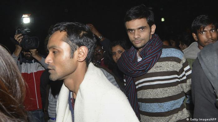 Indien Umar Khalid und Anirban Bhattacharya