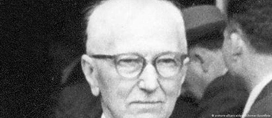 Jules Rimet foi presidente da Fifa de 1921 a 1954