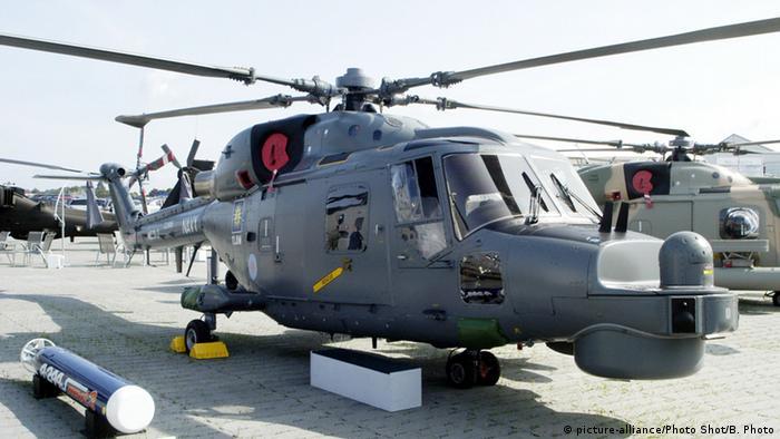 Großbritannien Farnborough Hubschrauber Super Lynx 300 (picture-alliance/Photo Shot/B. Photo)