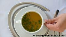 BG Deutsche Volksheilmittel Tasse Suppe, Brühe