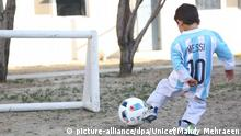 Afghanistan Messi-Fan Murtaza in echtem Trikot