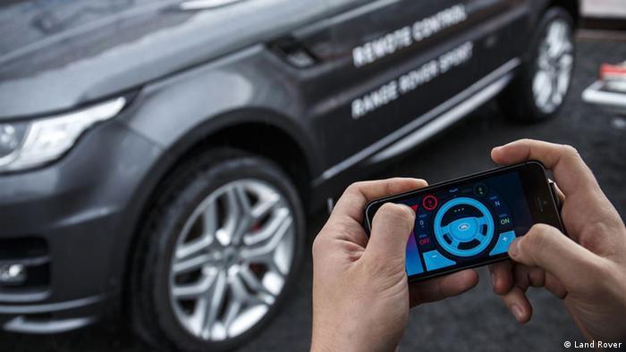 Wie leicht sich Autos hacken lassen   Wissen & Umwelt   DW   26.02.2016