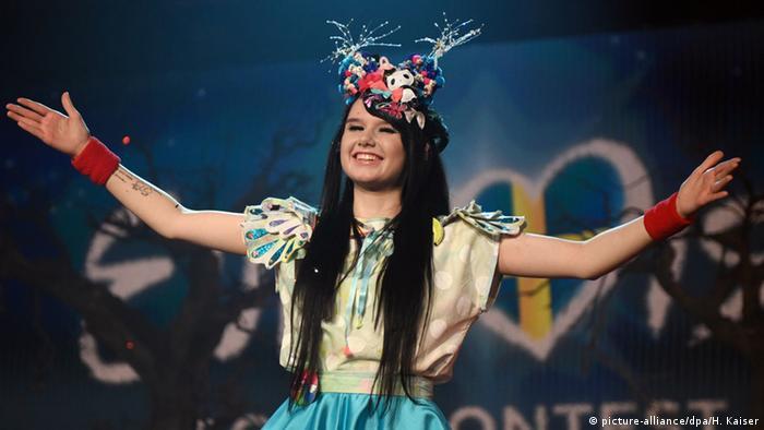 جیمی لی کریویتس ۲۱ ساله است. او در ماه مه سال ۲۰۱۶ نماینده آلمان در مسابقه آواز یوروویژن بود. او استعداد فراوانی دارد و از کمیکهای ژاپنی خوشاش میآید. در ۲۵ فوریه ۲۰۱۶ در حالی که این خواننده تنها ۱۷ سال داشت در جریان مسابفه نزدیک به نیم میلیون آلمانی به او رای دادند.