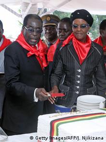 Simbabwe Marondera Robert Mugabe und Ehefrau Grace