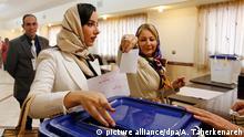 Iran Wahlen Wählerin Wahllokal