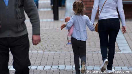 Насилля над дітьми: чому це сталося у Великобританії (відео)