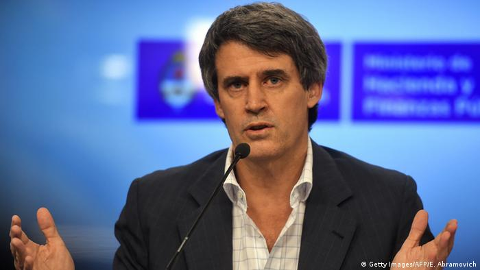 Argentinien Finanzminister Alfonso Prat-Gay (Getty Images/AFP/E. Abramovich)
